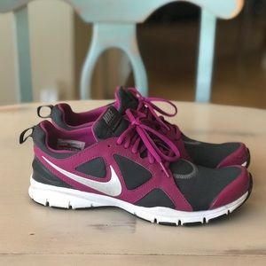 Pink grey Nike Training In Season TR2 running shoe